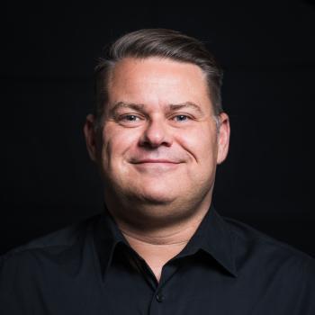 Dr Michael Gisondi