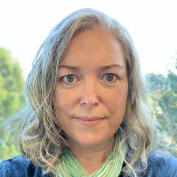 Julie Remold