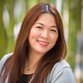 Dewi Fernandez